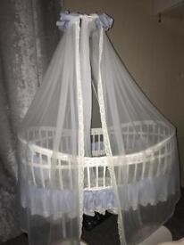 Large unisex baby wicker crib
