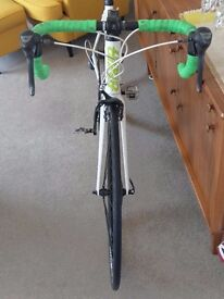 Giant Defy 4 road bike- good condition