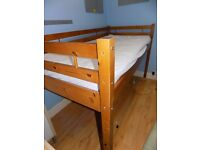 Cabin Bed - solid pine