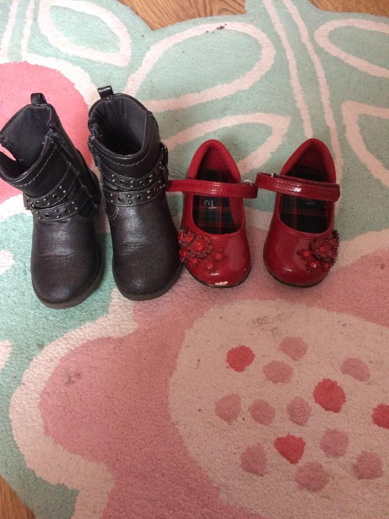 Girls shoes and boots size 6