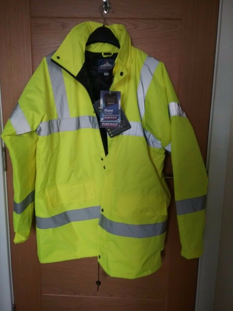 Large high vision jacket quilted lining weather proof brand new