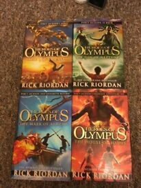 Heroes of Olympus Books 1-4 Hardback