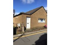 1 Mansfield Road Mauchline 2 bedroom home gas central heating...