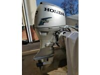 Honda 50hp outboard engine, 2007 longshaft, remotes and fuel tank, immaculate
