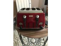 Delonghi red 4 slice toaster