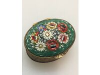 Beautiful Antique Vintage Italian Micro Mosaic Floral Pill / Snuff Box | Excellent Condition |