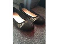 New Look Wide Fit Black Lace Ballet Pumps - £8, Size 8