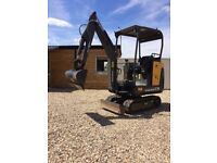 Volvo ec 15 mini digger 012 year plus vat