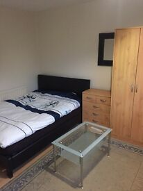 Furnished double room for
