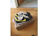 Nike Challenger Grey & Yellow UK 7