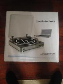 New Audio technica AT-LP60USB
