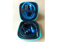 Square Hard Storage Case With Earphones & Lightning Cable Blue