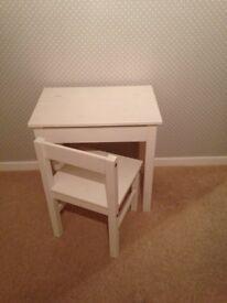 Childs Desk & Chair in White