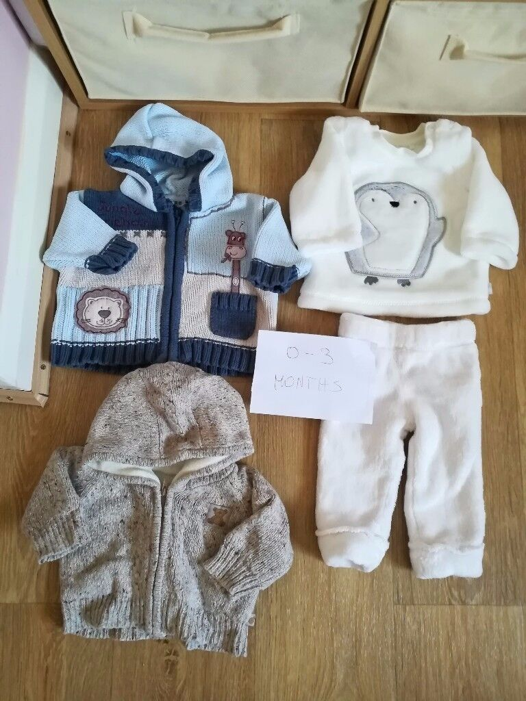 1b156cc96561 BABY clothes 0-3 3-6 month