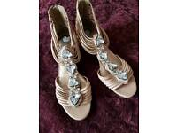 LADIES NUDE SANDELS MID WEDGE HEEL 4 CLEAR SPARKLY STONES CLAW SET SIZE 4