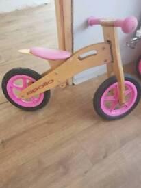 Girls balance bike