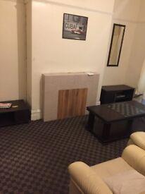 4 bedroom house to let in Bradford 7
