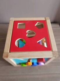 Wooden sorting puzzle