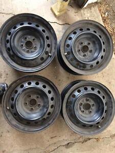 4 roues 15 pouces toyota 5x100 avec valves tpms