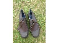 Golfing Shoes very good condition size 9