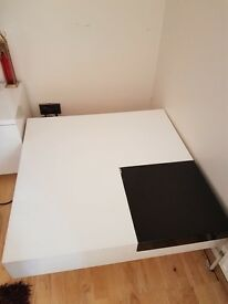 £40 SQUARE TABLE