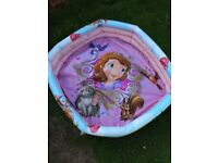 Small paddling pool-Sofia the princess