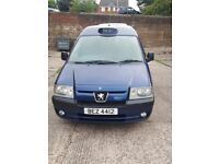 PEUGEOT E7 EXPERT TAXI 2.0 HDI 05 REG 16V BLUE UNDERFLOOR RAMP OWNED 10 YEARS TAXI CABDIRECT