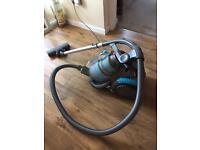 Vax cylinder vacuum