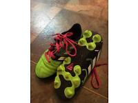 Boys size 11 Adidas football boots