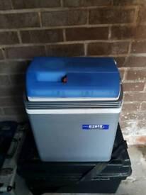 Ezetil cooler box