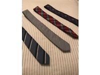Modern Trendy Men's Business or Casual Ties