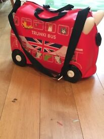 Trunki- limited edition bus!