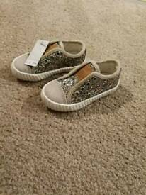 Brand new size 3 infant shoes