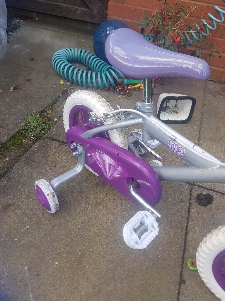 Childs bike up to age 4.