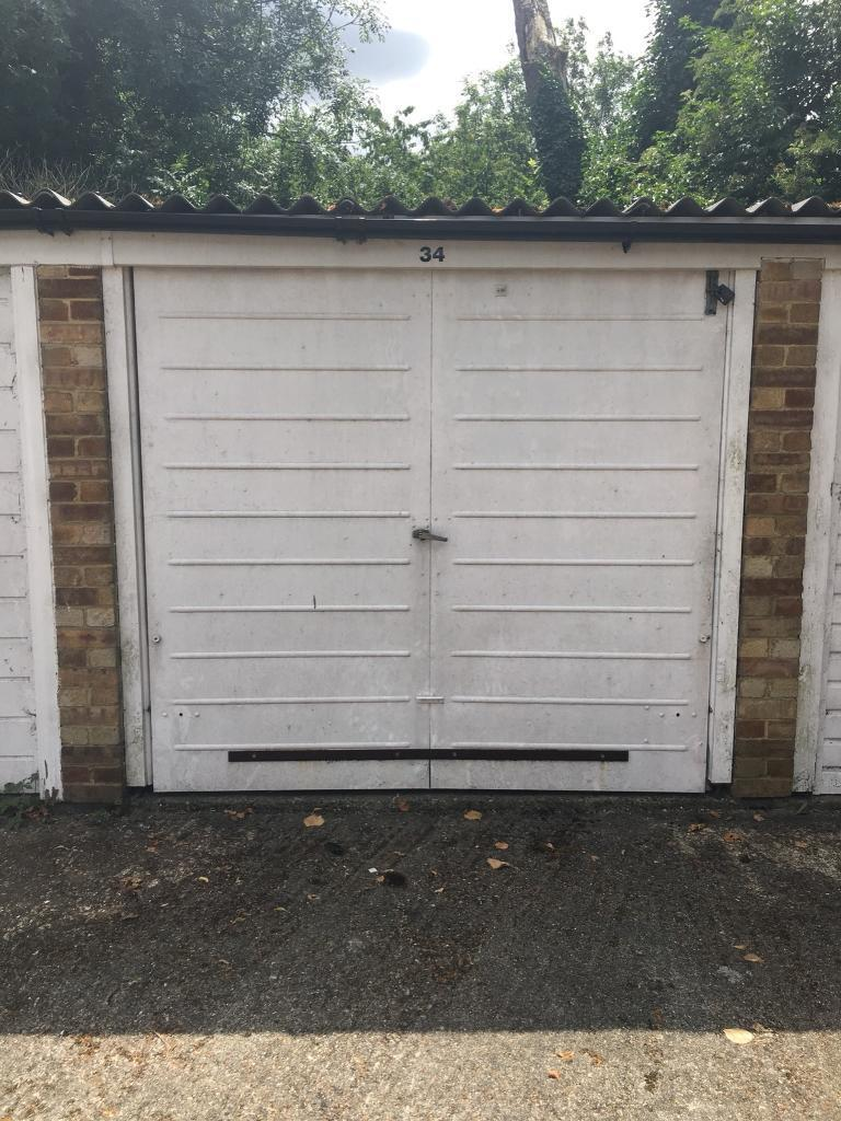 Garage to Rent in Carshalton