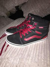 Kids vans size uk 2