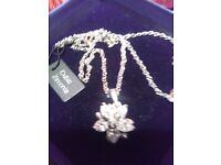 NEW LADIES FLOWER FILLED CUBIC ZIRCON PENDANT, WITH 20 INCH CHAIN