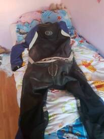 Duchinni one piece leathers