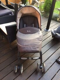 Silver Cross Pram/Buggy in gray. Suitable from birth. £25