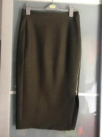 Zara Midi Skirt with zip Size M