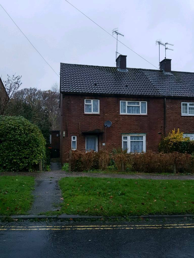 3 Bedroom House Poundhill Crawley