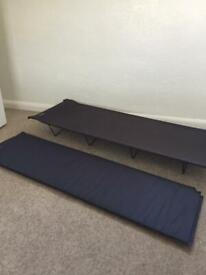 Camp bed and self inflating mat