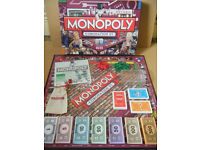 """Monopoly """"CORONATION STREET"""".Produced by Parker 2009. Complete."""
