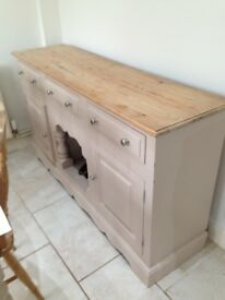 Shabby chic kitchen dresser/sideboard. Solid pine, 6ft long. Can be painted