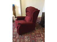 This suite comprises 2-seater settee, a seat & electric recliner. Material. Very good condition