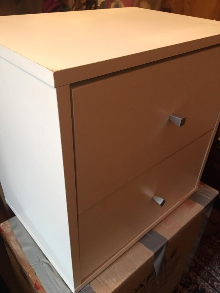 Ikea white bed shelbe