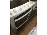 Zanussi ceramic top electric cooker £165