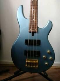 Yamaha BBG4S II active bass