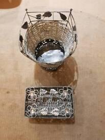 Waste bin and tissue box holder in Silver