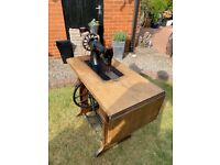 Vintage Treadle Singer Sewing Machine (Working Condition)